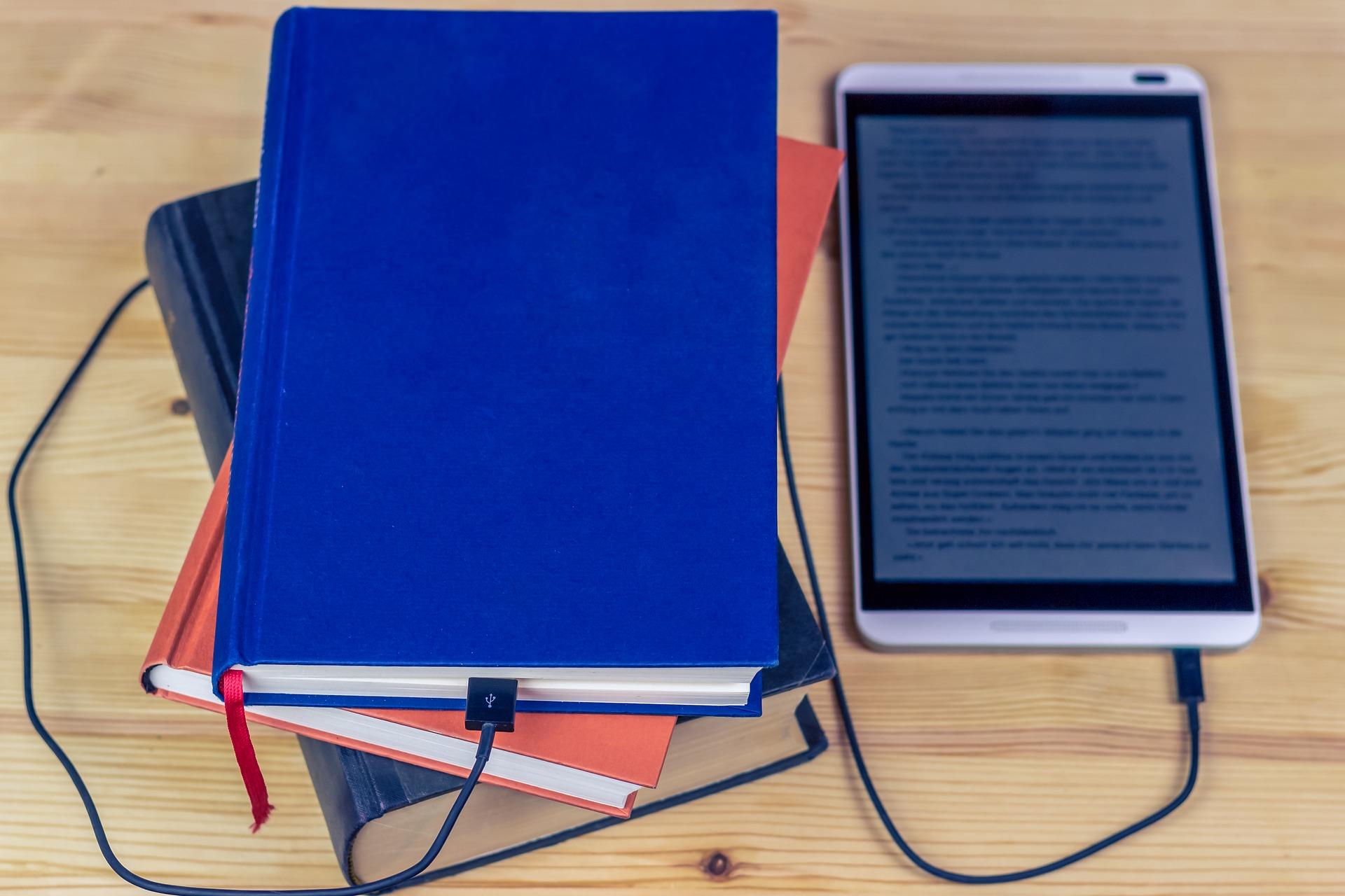 E-BOOK: PROGETTAZIONE, COSTRUZIONE, CO-CREAZIONE E PUBBLICAZIONE